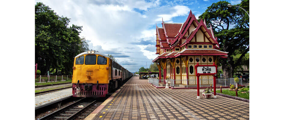 Train from Bangkok to Hua Hin