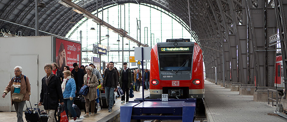How To Get From Frankfurt Airport To City Center Bus Train Taxi